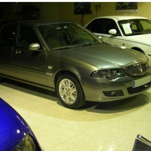 2004-Rover 45 with Serpent alloy wheels